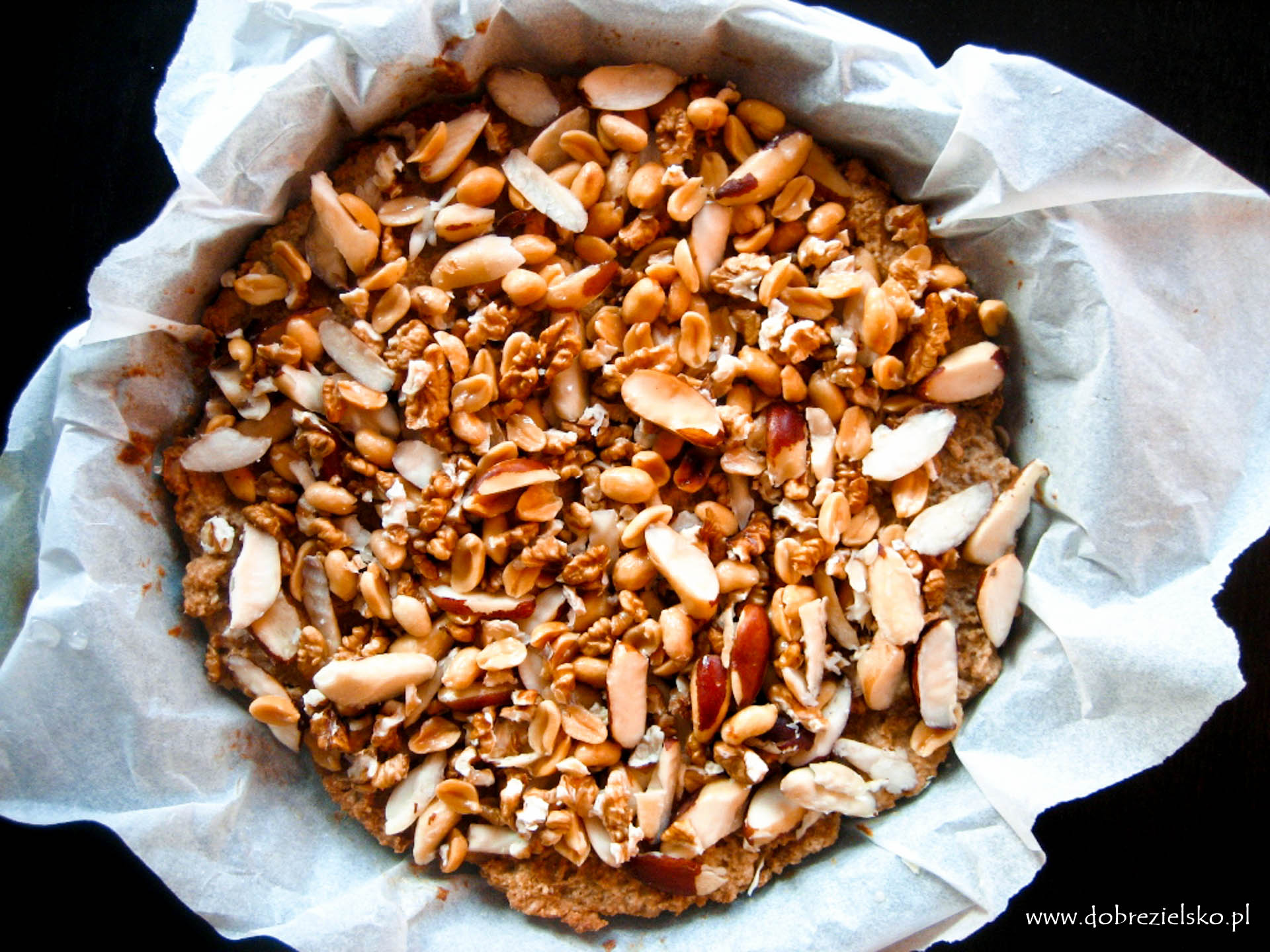 bezglutenowa wegańska tarta orzechowa