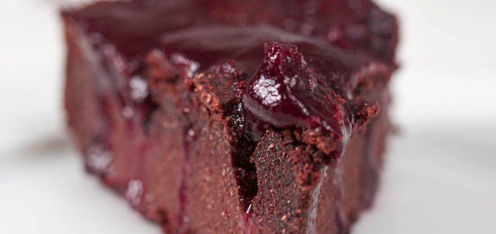 wegańskie brownie z suszoną śliwką