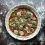 Wegańska pizza marinara z suszonymi pomidorami