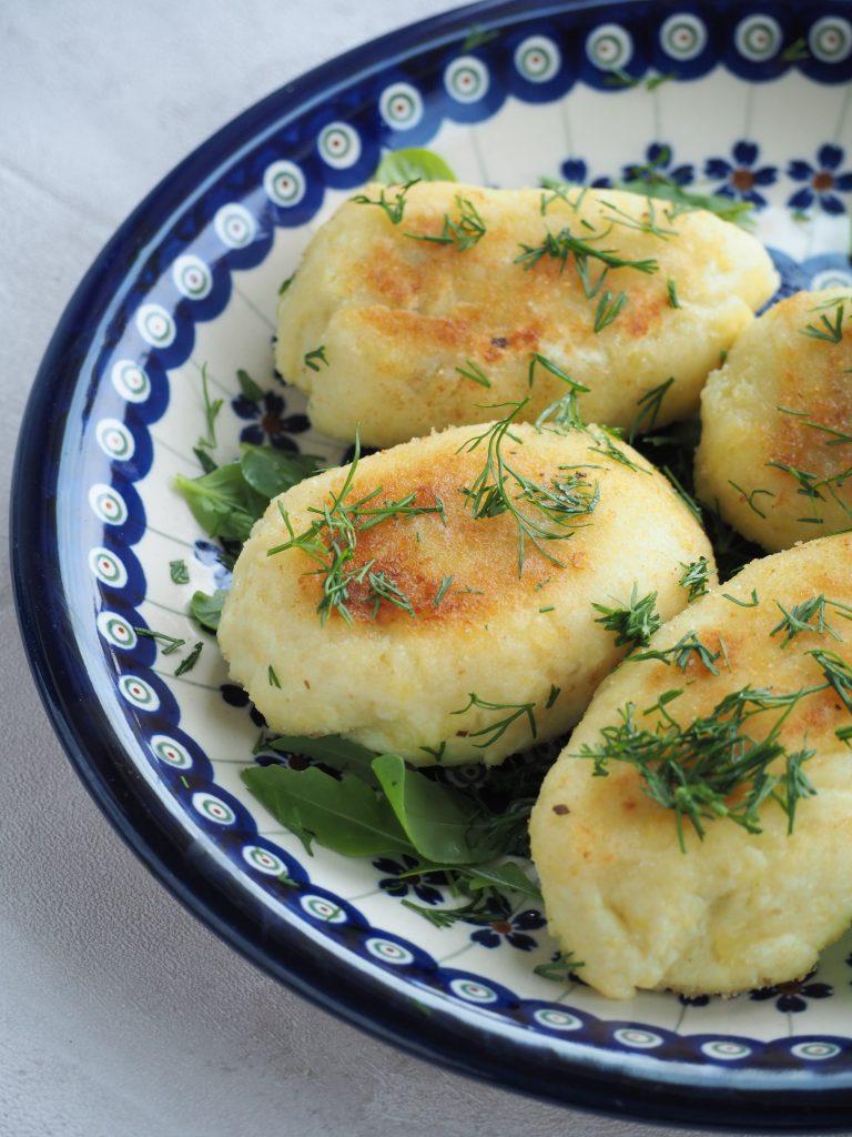 ziemniaczane kotlety wegańskie farszynki z farszem grzybowym