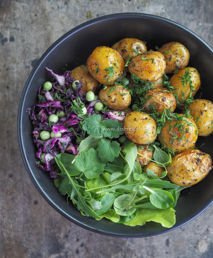pieczone ziemniaki z tymiankiem i koperkiem