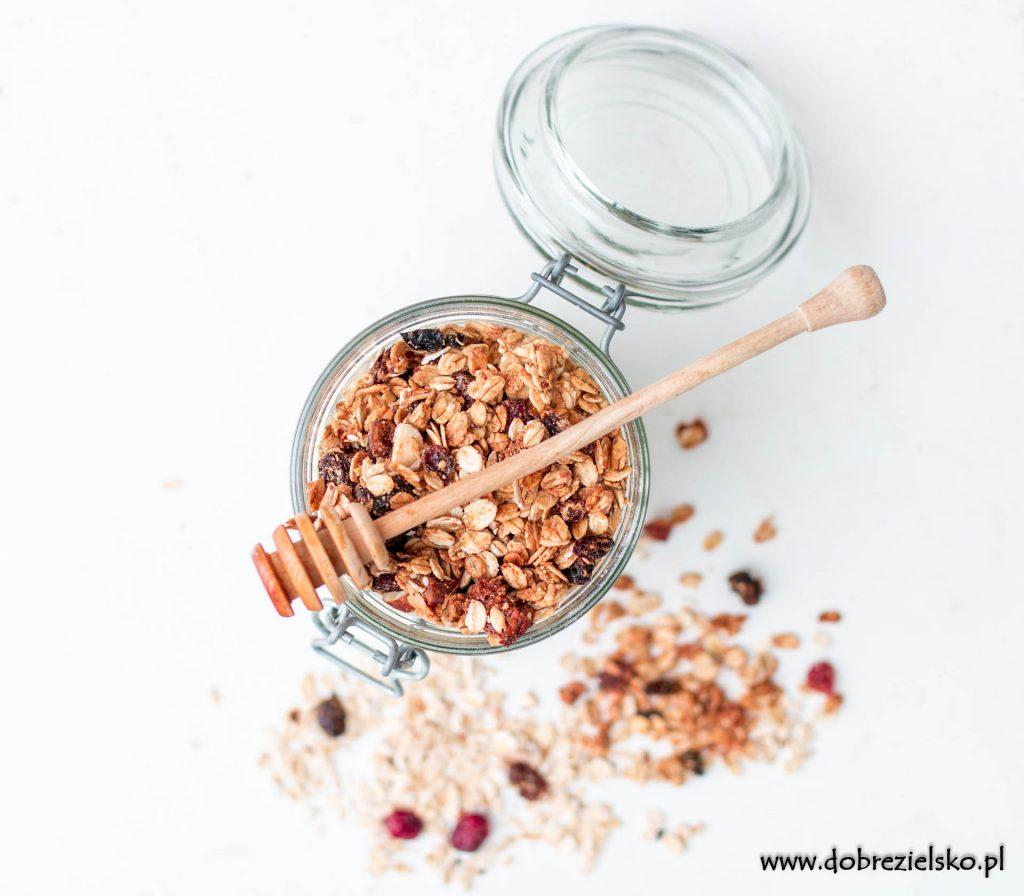jak zrobić zdrową owsiankę przepis na domową granolę